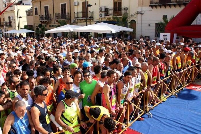 Maratonina di Terrasini: Lyazali e Curzi prenotano la vittoria
