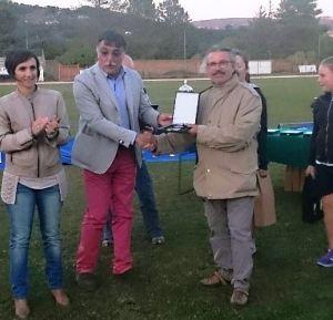 Premiazione presidente Franco Ripa (Atletica Villafranca)