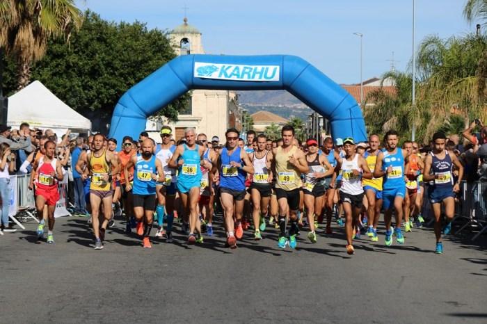 Maratonina Blu Jonio, 1000 alla partenza dell'ottava edizione