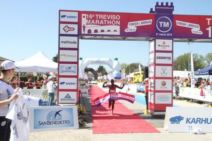 Trionfo bis per Chumba alla Treviso Marathon