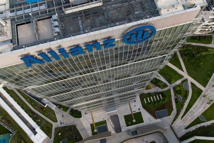 Allianz Vertical Run, 49 piani tutti d'un fiato