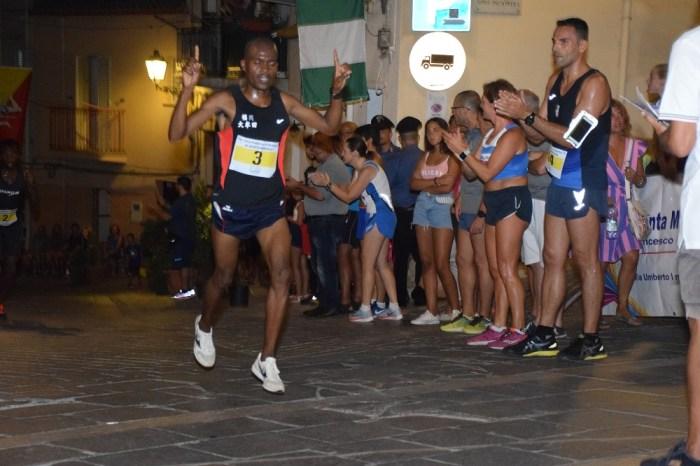 """Successi africani allo spettacolare """"Giro di Sant'Ambrogio"""""""