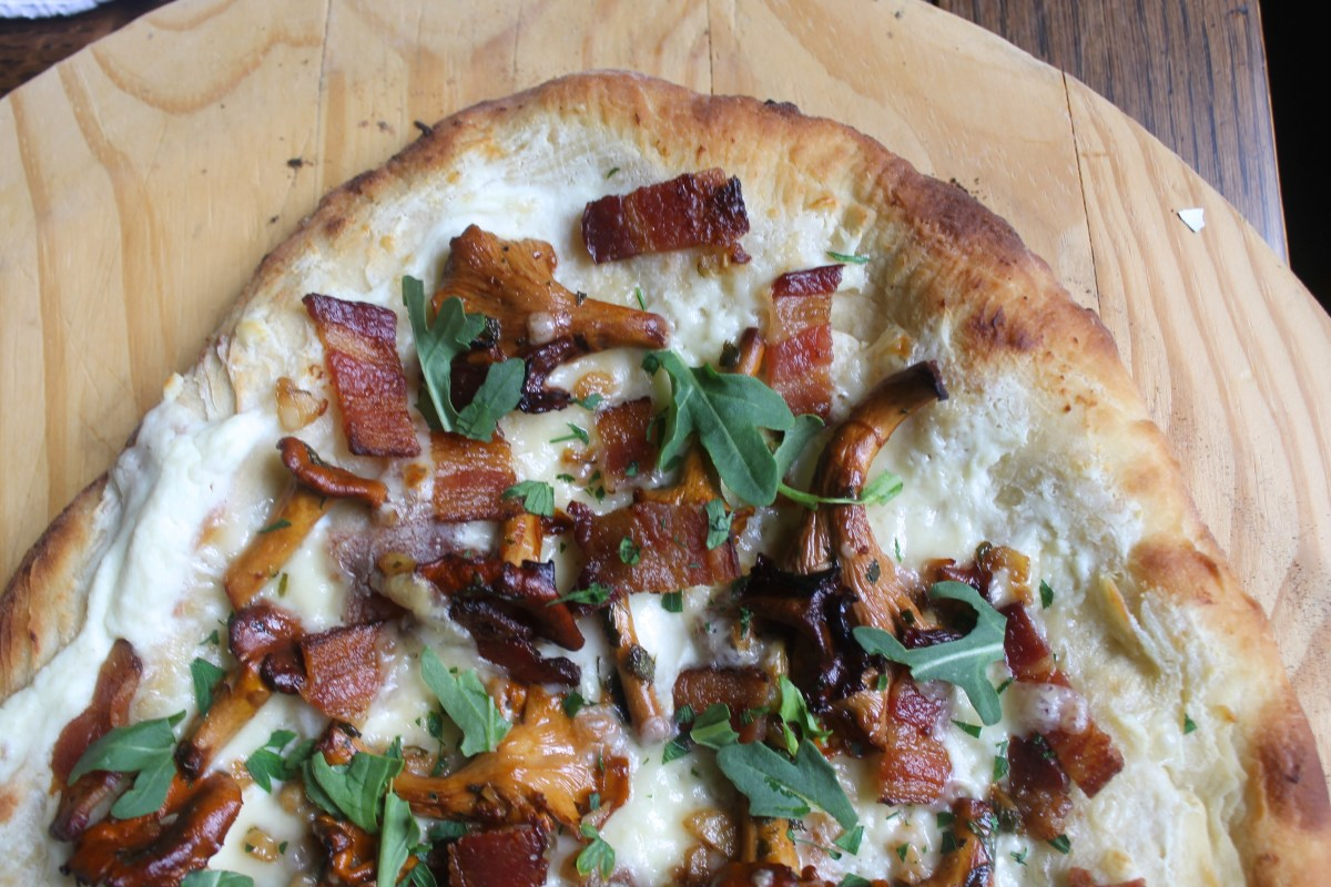 The easiest Pizza Dough alive, plus a rad chantrelle/bacon topping