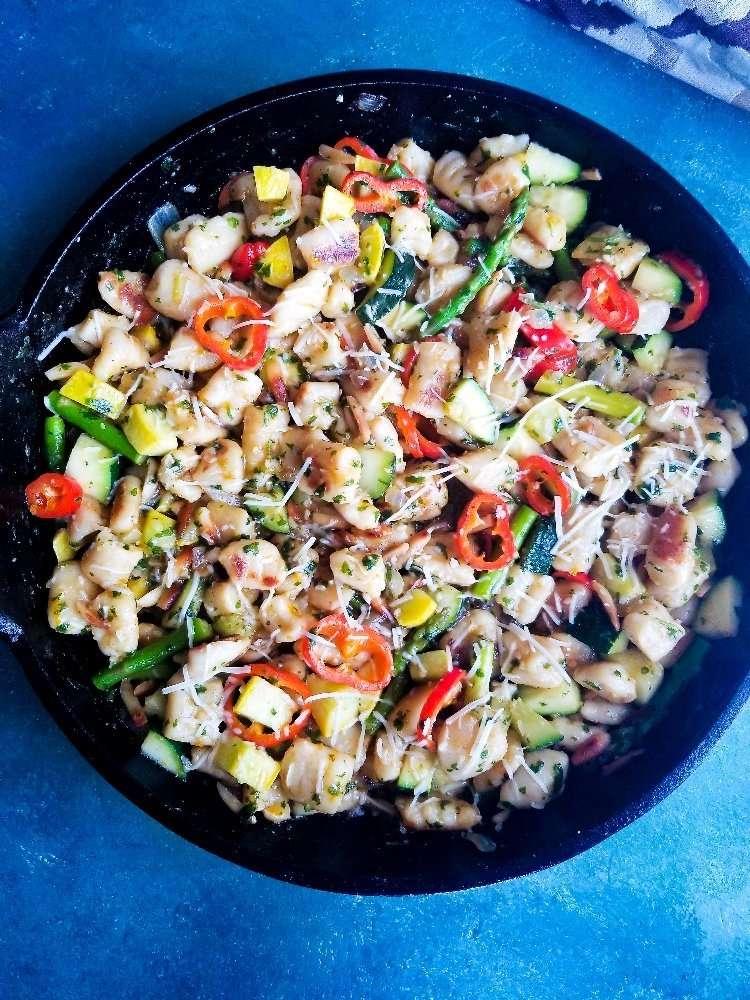 Veggie Loaded Parmesan Gnocchi with Citrus Garlic Pesto Full