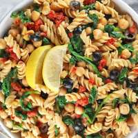 Gluten-Free Easy Vegan Pasta Salad