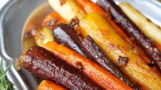 stovetop rainbow carrots with caramelized onions