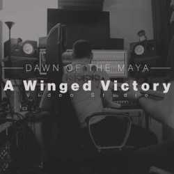 "Dawn Of The Maya videoclip de ""A Winged Victory"""
