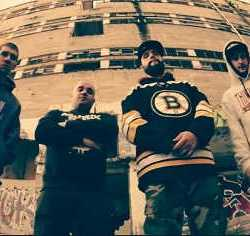 Drop! videoclip de «Tied Up To This World»