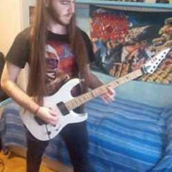 Evil Killer sustituto temporal a la guitarra