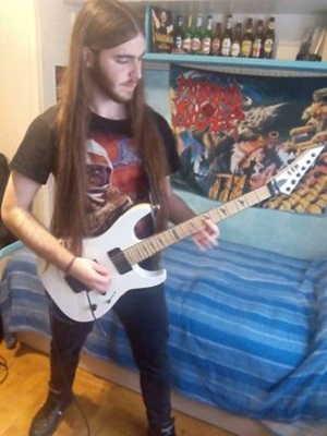 evil-killer-sustituto-temporal-a-la-guitarra