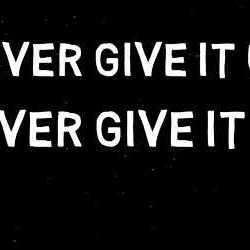 EverLevel lyric-video de «Never Give It Up»