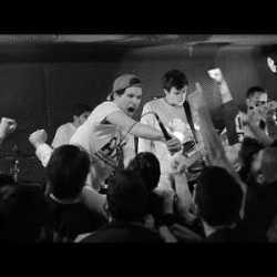 Meltdown videoclip de «Titanes»