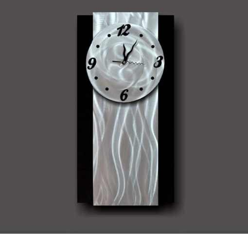 metal art clock design