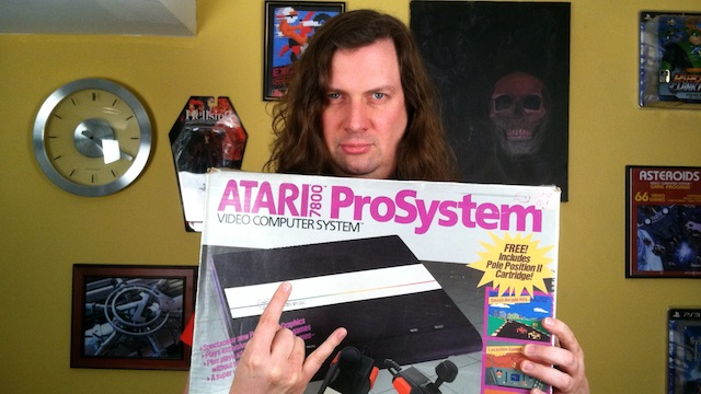 Atari 7800 Console Review + Gameplay