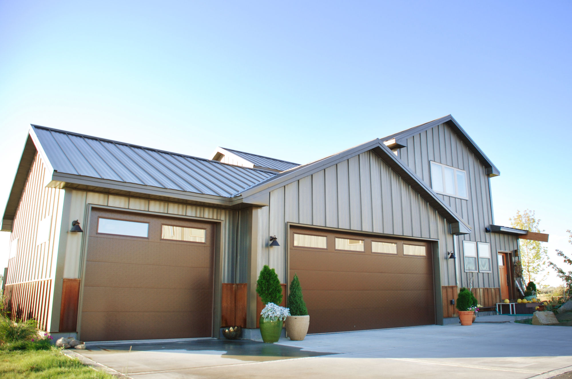 Metal siding options costs and pros cons 2018 for Metal shiplap siding