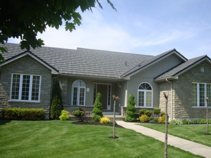 Weathered Wood Steel Shake rooding installed on an Aylmer Ontario home