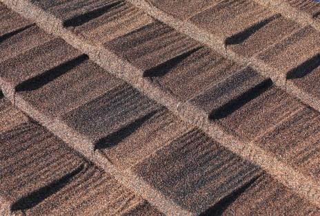 Cottage Shingle Style Shake - Stone-Coated Metal Shake Roofing - Colour Barclay