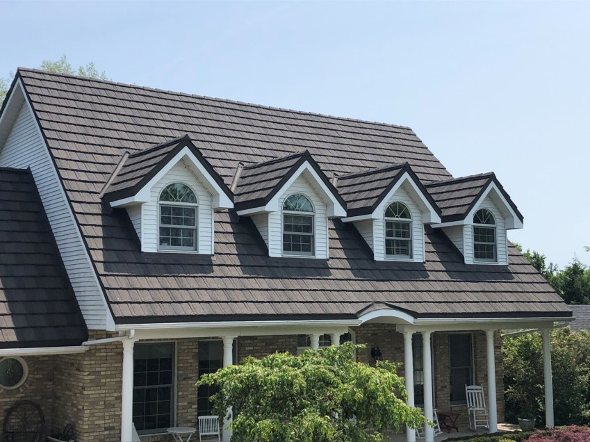 Port Stanley metal roofing Boral Steel Pinecrest Shake Country Blend