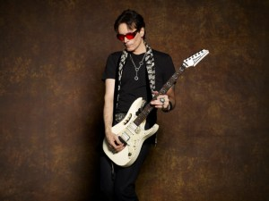 Steve_Vai_BlackJacket_086RS