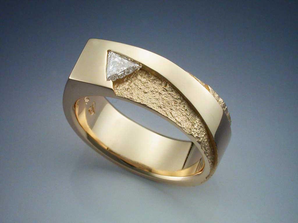 14k Gold With Trillion Cut Diamond Ring Metamorphosis