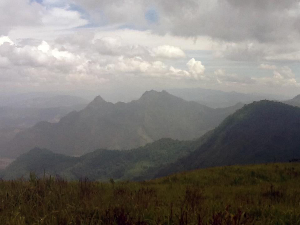 הר פו-צ'י-ה מבט אל לאוס