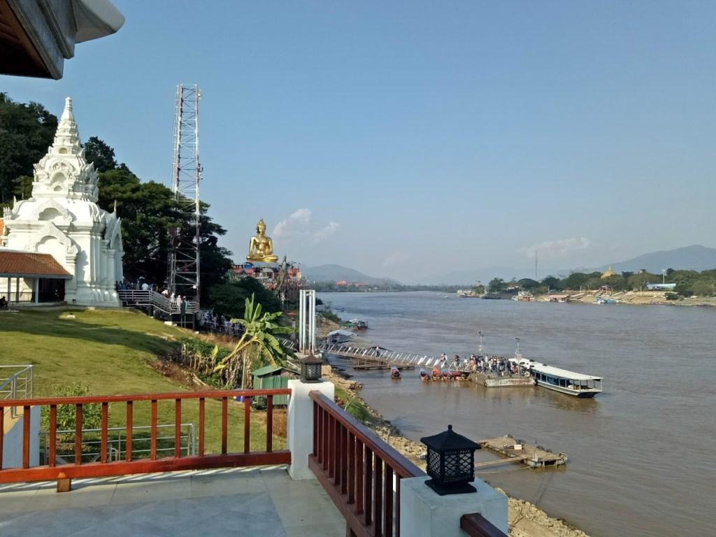 נהר המקונג בטיילת של משולש הזהב