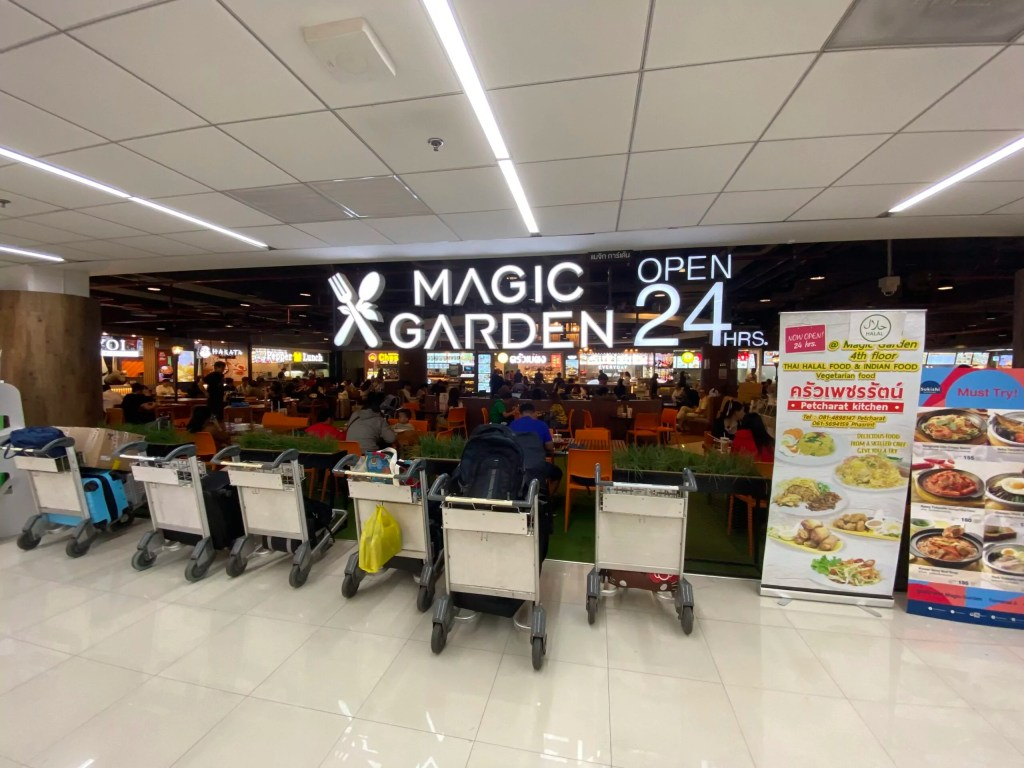 vegan food stall in don muang airport bangkok