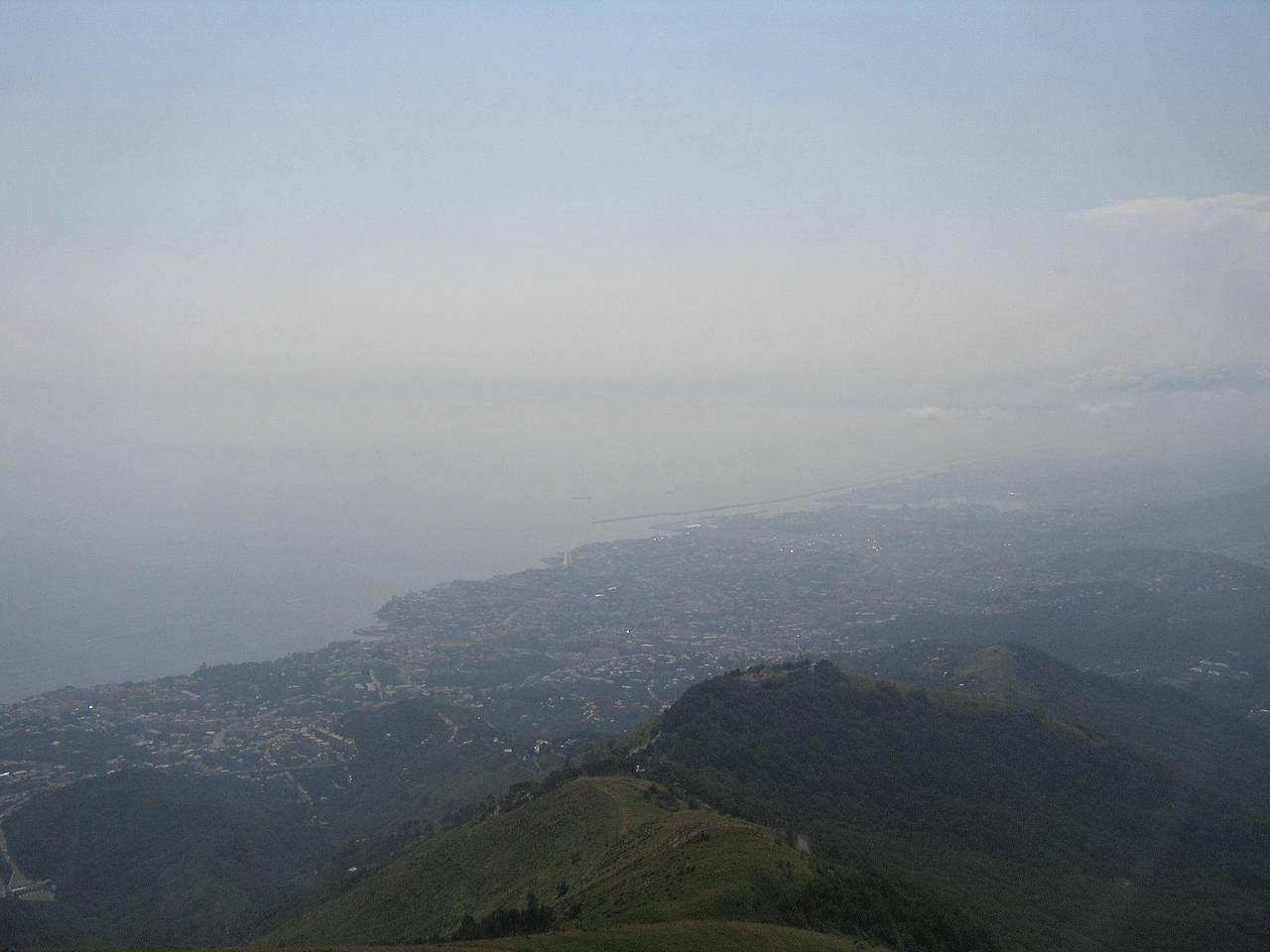 Genova dal Monte Fasce - Vista Ponente