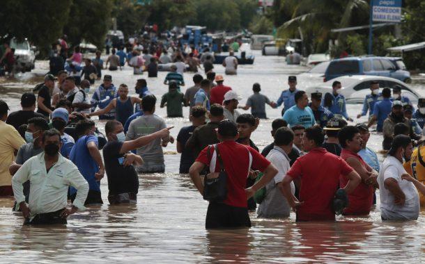 Category 4 Hurricane Iota slams into Nicaragua