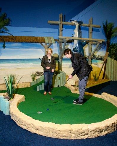 Paradise-Island-Adventure-Golf-12