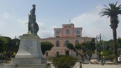 Photo of Seggi chiusi a Siderno: Mariateresa Fragomeni davanti