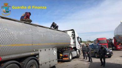 Photo of Petrol-Mafie S.p.A.: i dettagli dell'operazione che ha smascherato una frode di quasi un miliardo