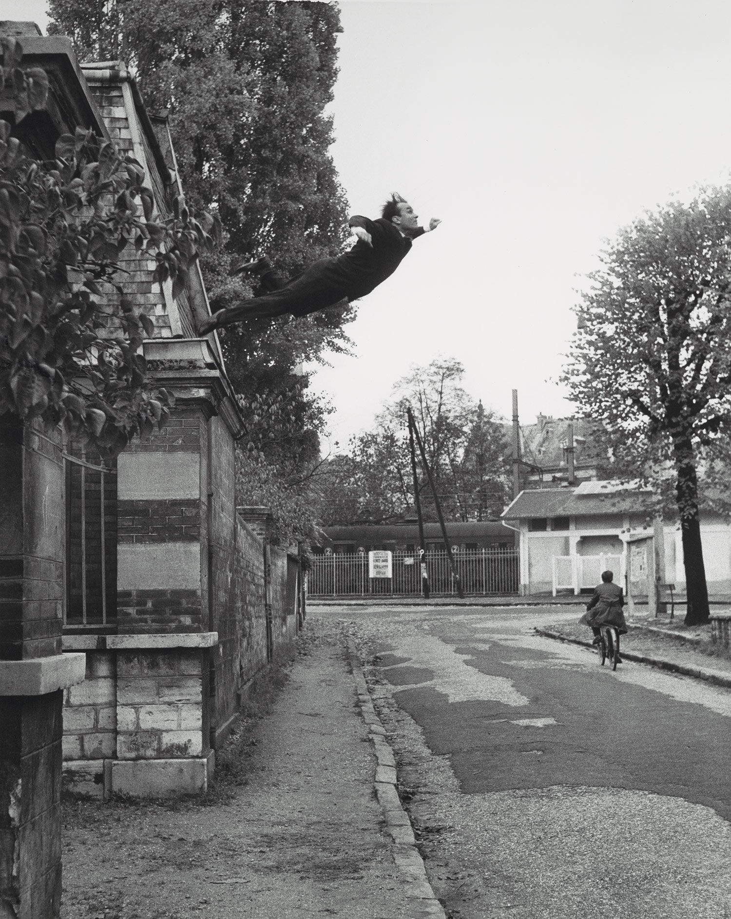 Leap into the Void, 1960 © Yves Klein