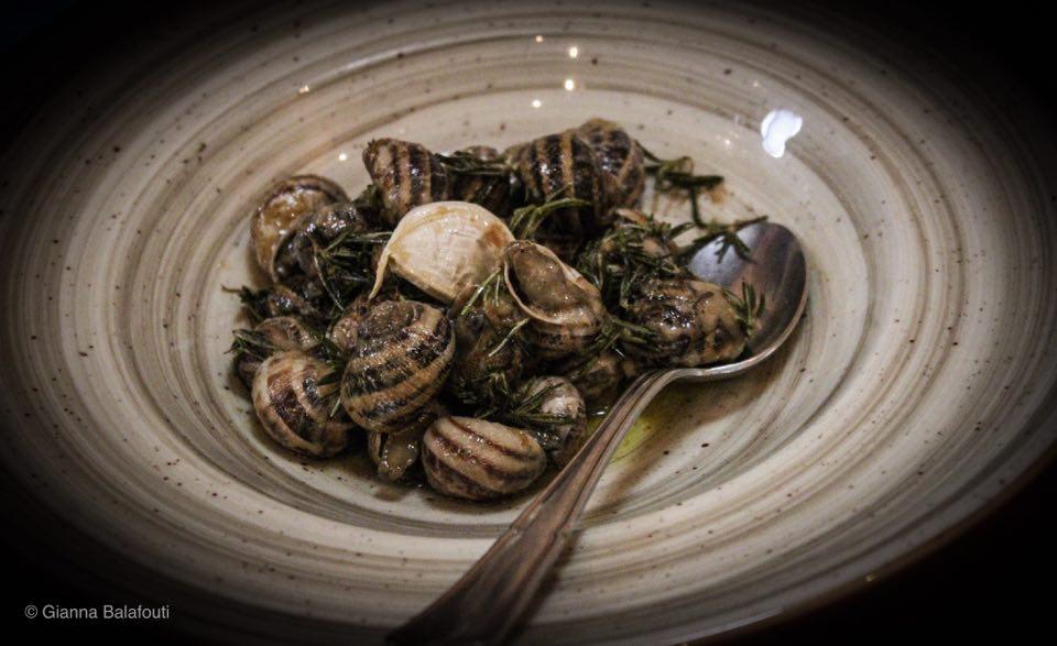 σαλιγκάρια στο Χαρούπι