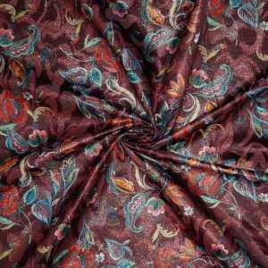 Jacquard lamè oro stampato – disegno floreale multicolor su fondo bordeaux