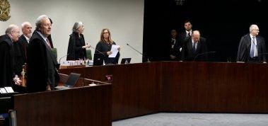 [STF decide manter Lula preso enquanto habeas corpus não é julgado]