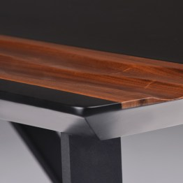 SWELL DESK BLACK