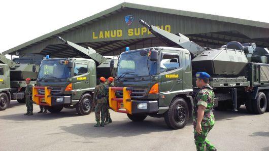 Penyerahan Oerlikon Skyshield Mark II ke TNI Angkatan Udara Kalbar di Pangkalan Udara Supadio