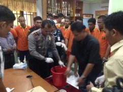 Pemusnahan sabu-sabu yang digelar Polres Tarakan, Kamis pagi (28/01).