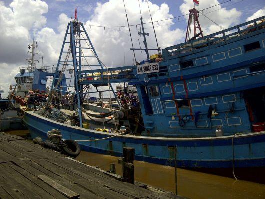 Salah satu kapal Vietnam yang diamankan di Dit Polair Mako Polda Kalbar.