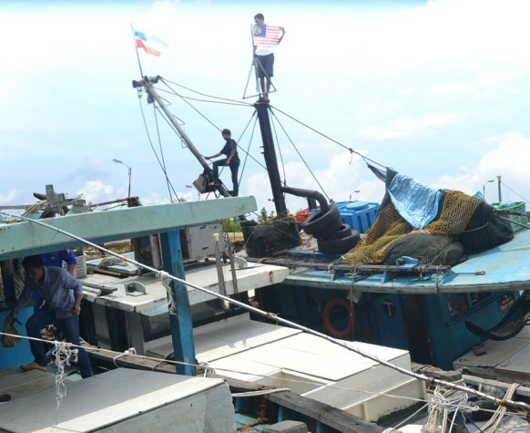 Kapal Malaysia yang kembali diamankan Ditpolair Polda Kaltim di perairan Karang Unarang.