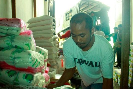 2,8 ton gula Malaysia akhirnya disita Satreskrim Polres Tarakan dari tangan LN.