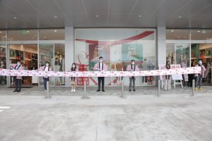 UNIQLO provides the perfect one-stop family shopping experience with the opening of Blue Bay Walk Roadside Store on November 27