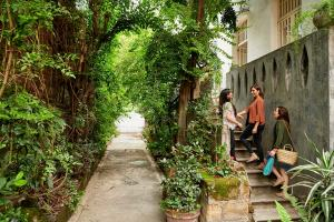 Gen Z and Millennial Airbnb hosts in the Philippines leading the way for inclusive tourism recovery