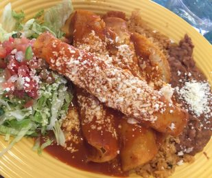 red-chile-enchilada-platter-rancho-del-zocalo