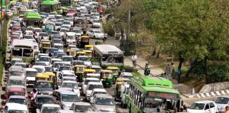 traffic congestion in South Delhi during peak hours