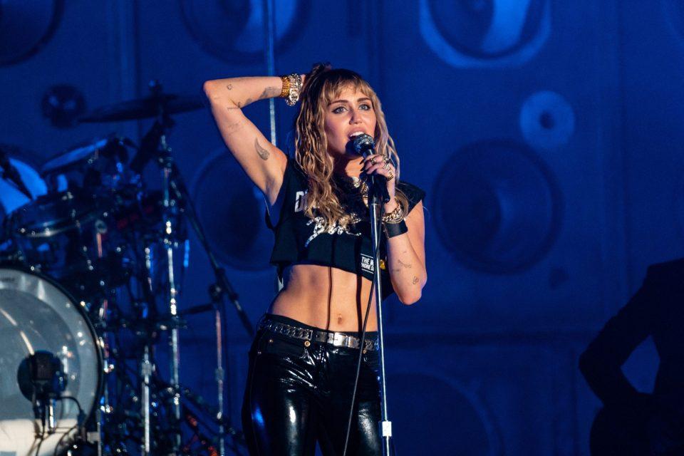 Miley Cyrus, gay, church, conversion therapy