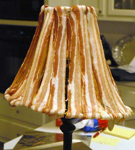 Eine wohlriechende Duftlampe kann man sich auch einfach selber bauen.