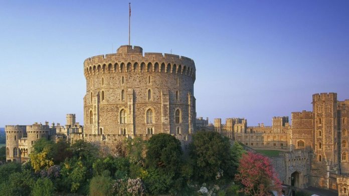 Windsor Castle: A Royal Year