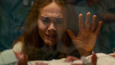 Run | Sarah Paulson aparece aterrorizando filha em primeiro trailer